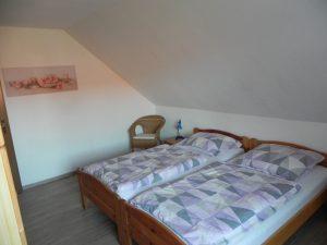 schlafzimmer ferienwohnung sonja alternativ 4