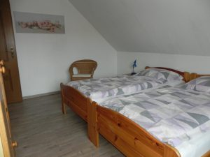 schlafzimmer ferienwohnung sonja alternativ 2